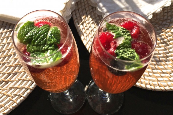 sunday cheers (to you) – pomegranate mint sparkler