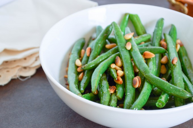 Garlic Green Beans with Toasted Pine Nuts