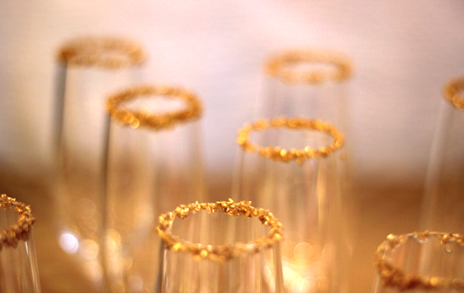 gold rimmed champagne glasses