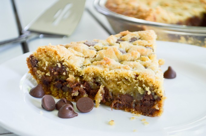 Deep Dish Chocolate Chip Cookie Cake