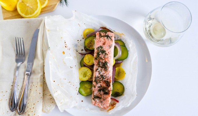 Dill Baked Salmon with Veggies in Parchment